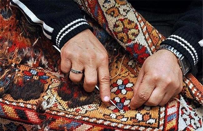 الحرف اليدوية تبحث سبل تعزيز التعاون المشترك مع القنصل التجارى الروسى