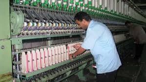 صناعة النسيج بالغربية تعود لريادتها دمج تكاملي بين قطاع الأعمال والقابضة للغزل لرفع كفاءة الإنتاج