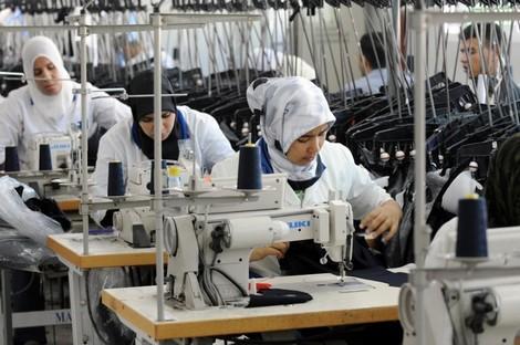 شعبة الغزل والنسيج تناقش عناصر القوة في صناعة الملابس الجاهزة