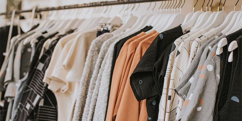 شُعبة الملابس: قرار الصادرات والواردات يساعد على تهريب الأقمشة