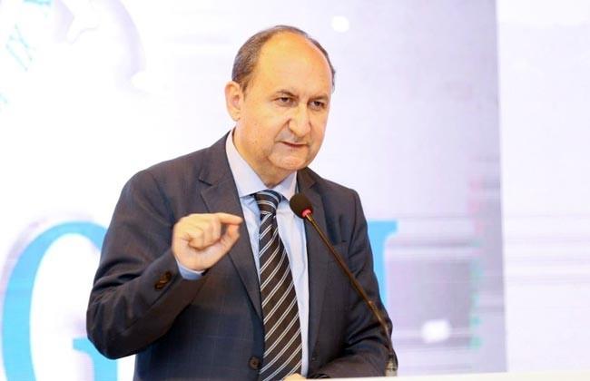 وزير الصناعة: مصر تمتلك فرصا واعدة بقطاع الغزل والنسيج