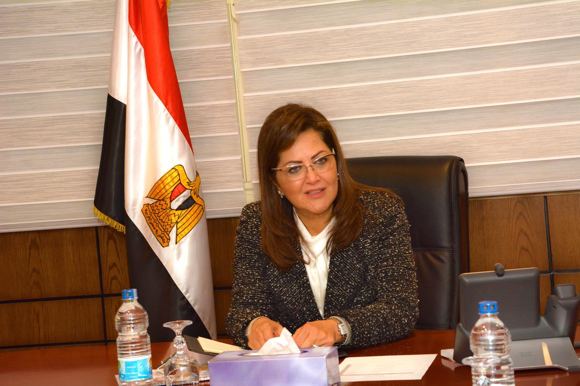 وزيرة التخطيط: الدولة تولى اهتماما بتنشيط سوق المال