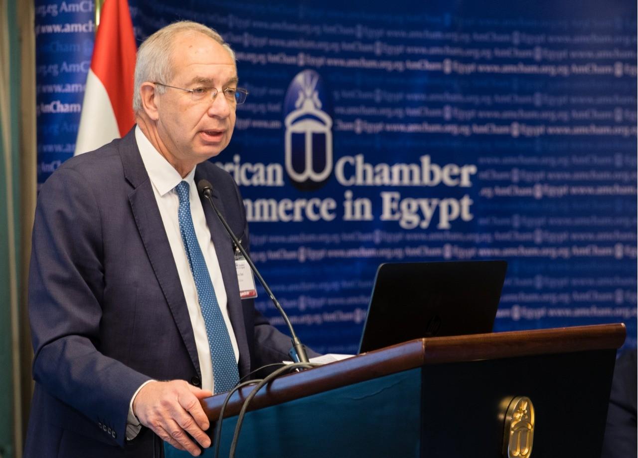 """""""اقتصادية قناة السويس"""" تدرس 3 مشروعات مع صندوق مصر السيادى"""