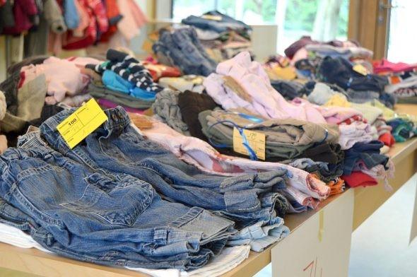 شعبة الملابس بالغرفة التجارية: انتظام العمل بالمحلات وعروض لتحريك المبيعات