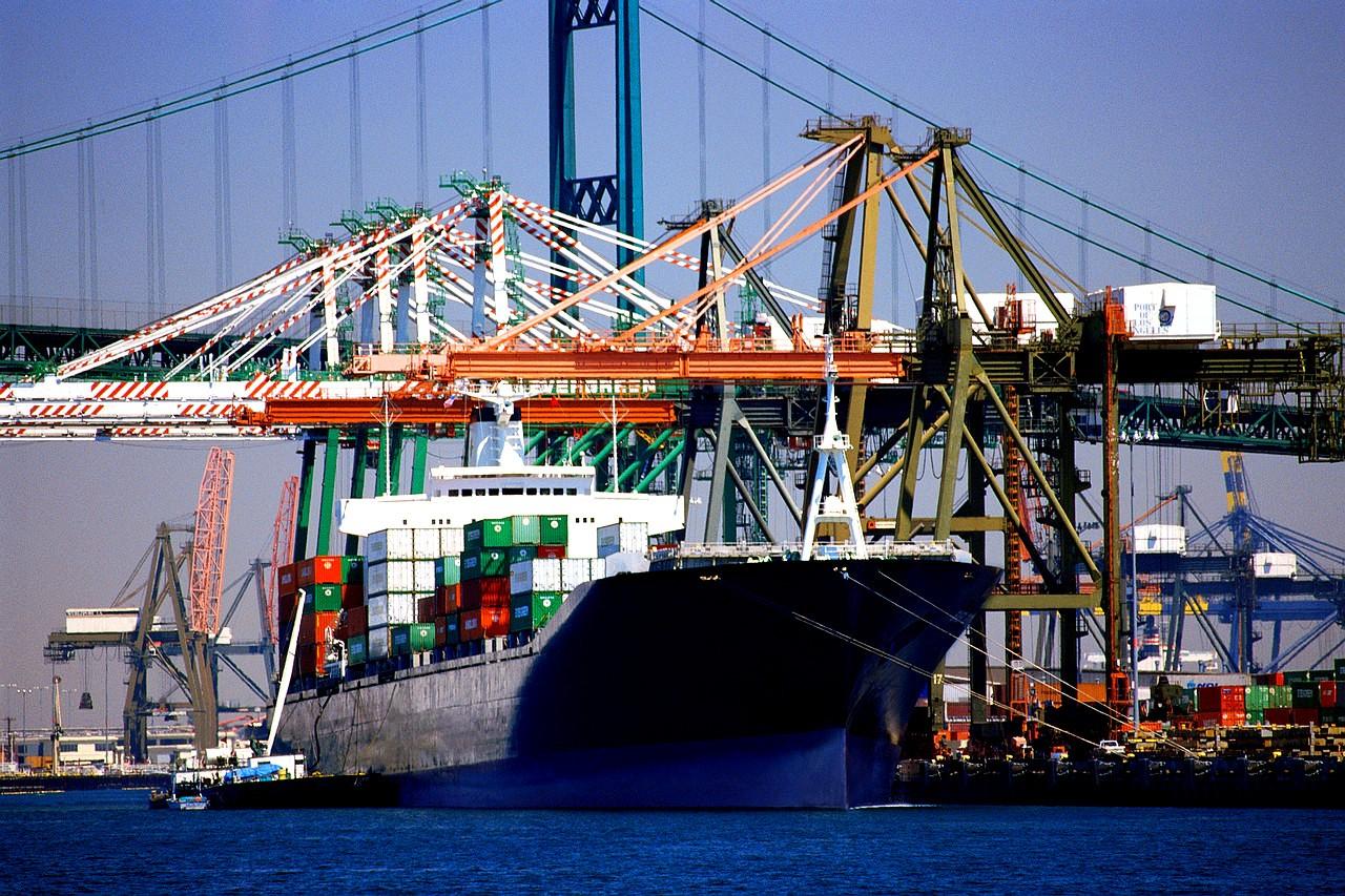 التجارة تعيد مراجعة منظومة مساندة الصادرات لتوجيهها للقطاعات الأكثر تنافسية