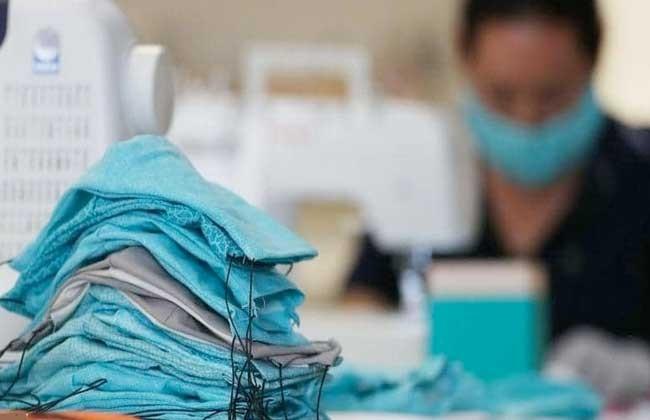 مصانع الملابس الجاهزة تبدأ توريد 40 مليون كمامة قماش لهيئة الشراء الموحد