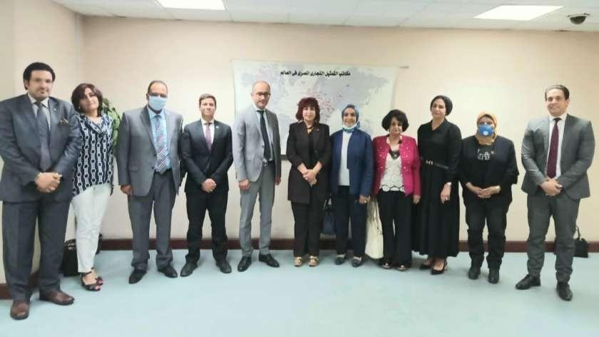رئيس جهاز التمثيل التجاري يستقبل المستثمرات العرب ولجنة رجال الأعمال