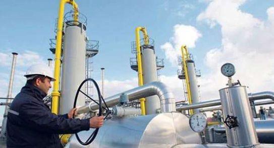 مصادر في البترول: قريبا مراجعة أسعار الطاقة للمصانع