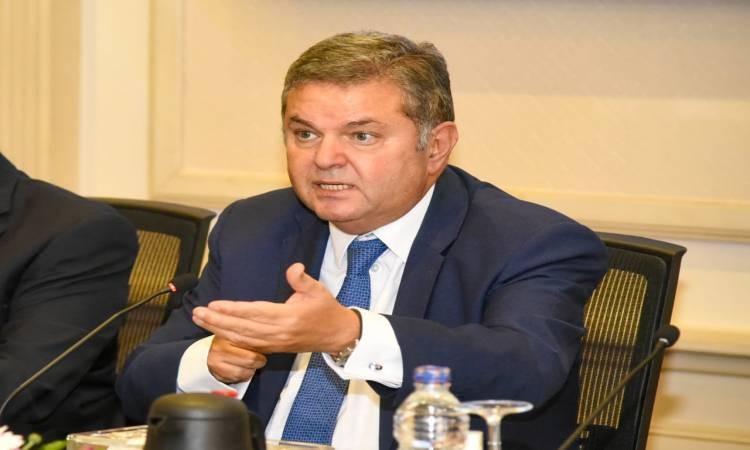 توفيق : الحكومة توافق على تعميم منظومة بيع القطن بالمزاد في الموسم الجديد