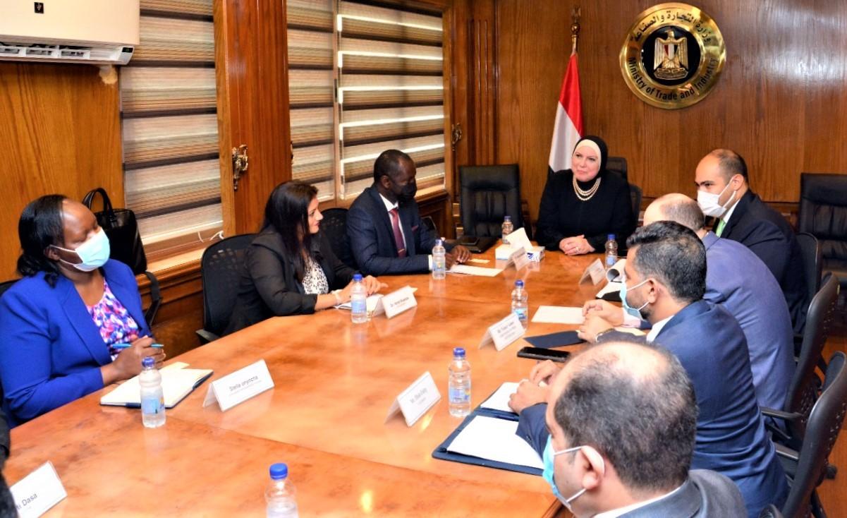 وزيرة الصناعة: تعزيز التعاون والتبادل التجاري مع الدول الأفريقية أحد أولويات الحكومة